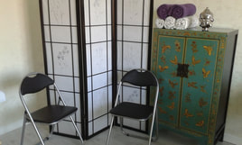 Acupuncture private treatment room
